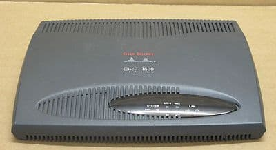 Cisco 1600 Series Router Cisco 1603 + WIC 1T + 8Mb Fast Flash Card