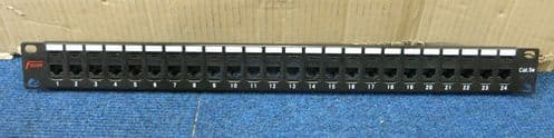 Fusion 24 Port CAT5e RJ45 Ethernet Network Patch Panel