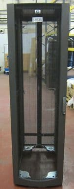HP 10642 42U Server rack cabinet enclosure complete