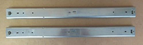 Accuride Sliding Rails with Lock In and Lock Out Feature DZ3607-0024-2