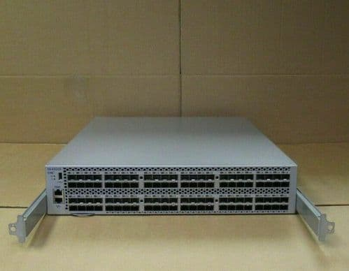 Brocade EMC DS-6520B 16GB Fibre Channel Switch With 72 x Active Ports