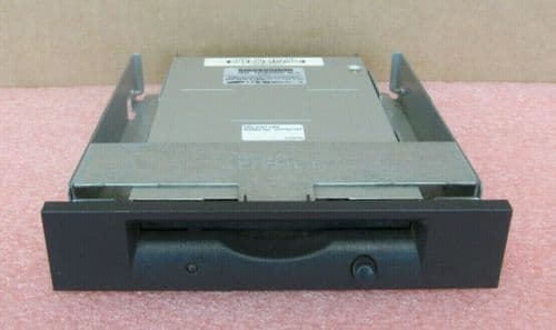 HP Samsung SFD-321B 1.4MB 3.5 Floppy Drive in Mounting Bracket 237180-001